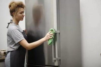 Как помыть холодильник с наружи