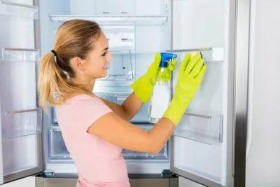 Как быстро и легко помыть холодильник