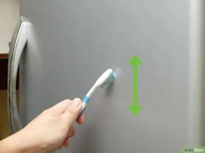 Как убрать пятна на холодильнике