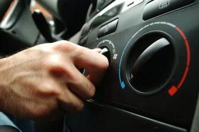 Можно ли глушить машину с включенным кондиционером