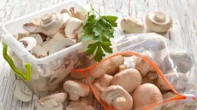 Можно ли хранить свежие шампиньоны в морозилке