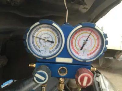 Какое давление фреона должно быть в автомобильном кондиционере