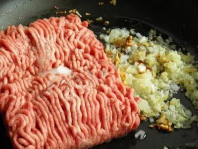 Можно ли разморозить фарш на сковороде