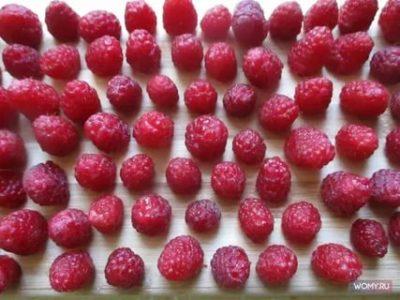 Как правильно заморозить малину с сахаром