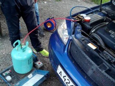 Чем опасен фреон из кондиционера автомобиля