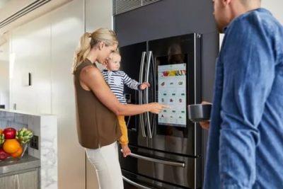 Сколько должен постоять Холодильник после транспортировки